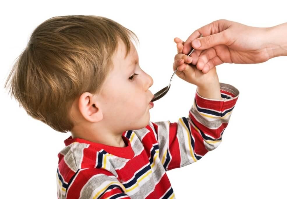 Что дать ребенку при простуде