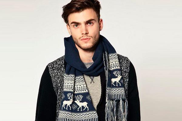 Утепленный шарф с рисунком